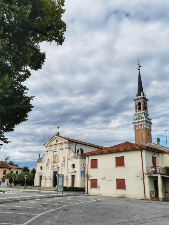CUCCIOLODiRUSPA | La chiesa di Campo San Martino